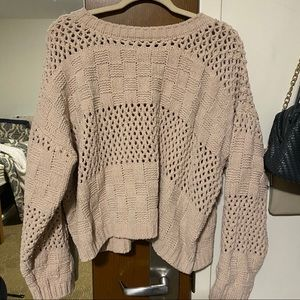 Adorable taupe sweater